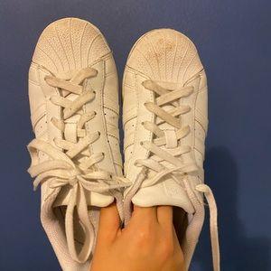 adidas superstar in white
